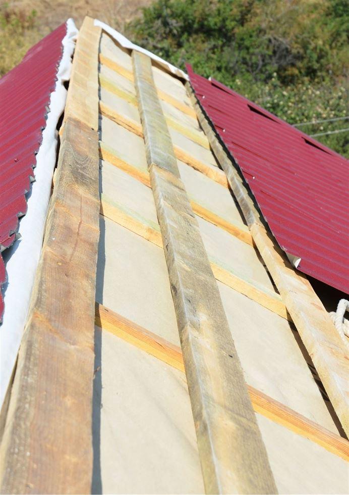 Metal Roof Installation Chicago vertical